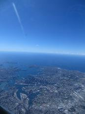 Uitzicht vanuit het vliegtuig! Kunnen jullie het oprah house vinden?